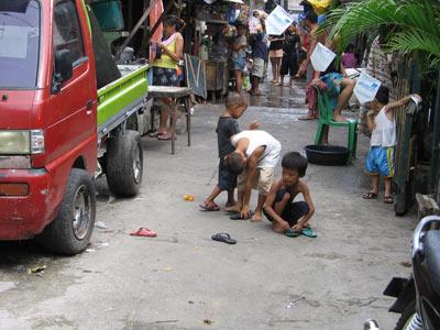 Street in barangay Luz, Cebu