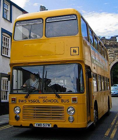 Bws Ysgol - Image by Aqwis via Wikimedia, CC