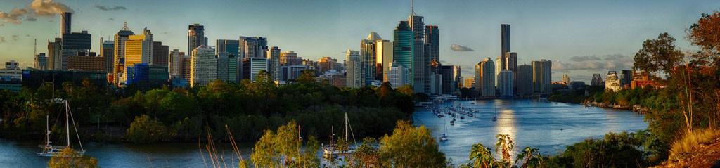 Brisbane skyline by Andrea Ferrera