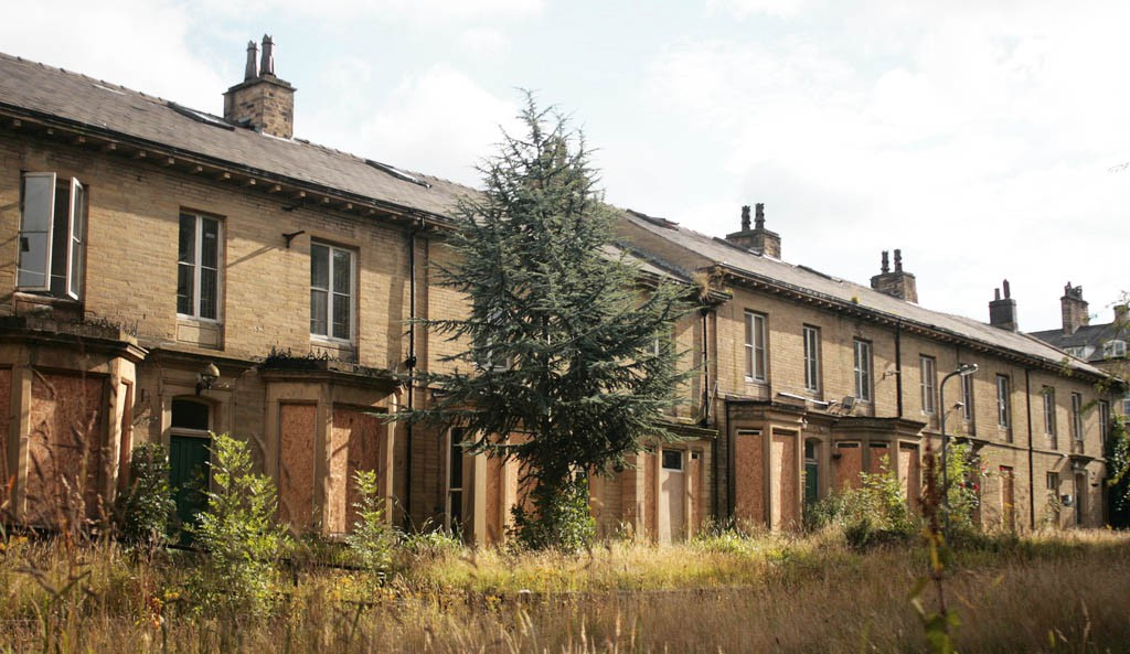 A terrace of empty houses in Bradford | Image by Underclass Rising