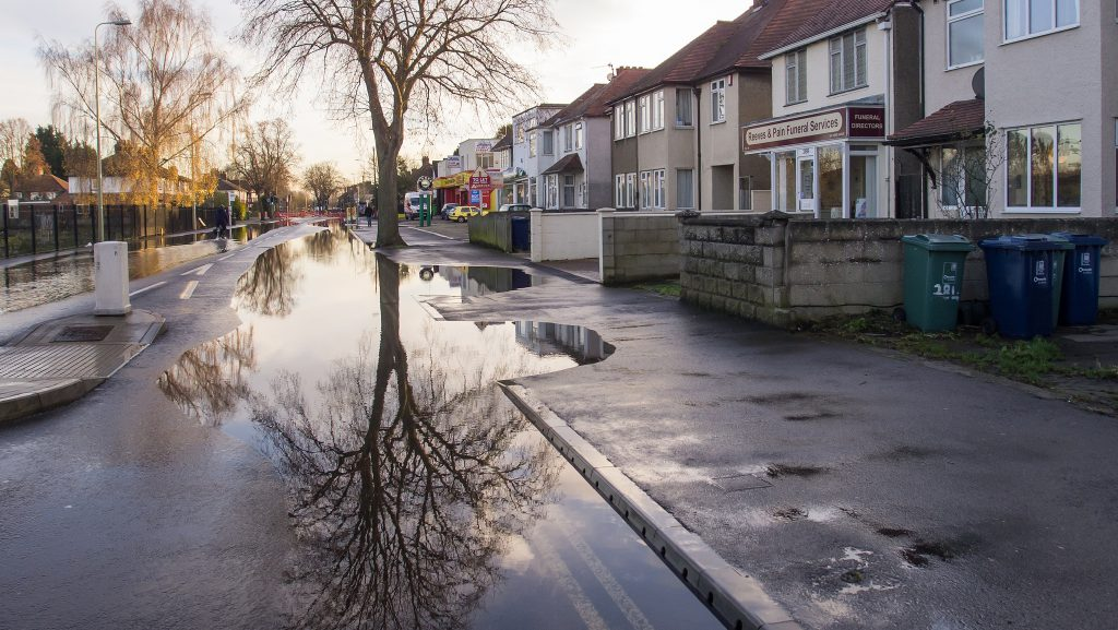 Image by Ed Webster: flooding on Abingdon Road, Oxford